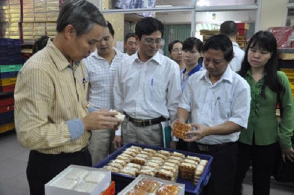 Hà Nội: Phát hiện sai phạm tại một số cơ sở sản xuất bánh trung thu - Hình 1