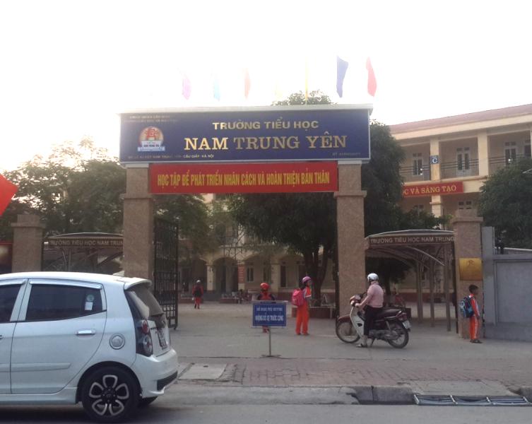 """Trường Tiểu Học Nam Trung Yên, Phụ Huynh """"Tố"""" Bữa Ăn Bán Trú Quá... """"Đạm  Bạc"""""""