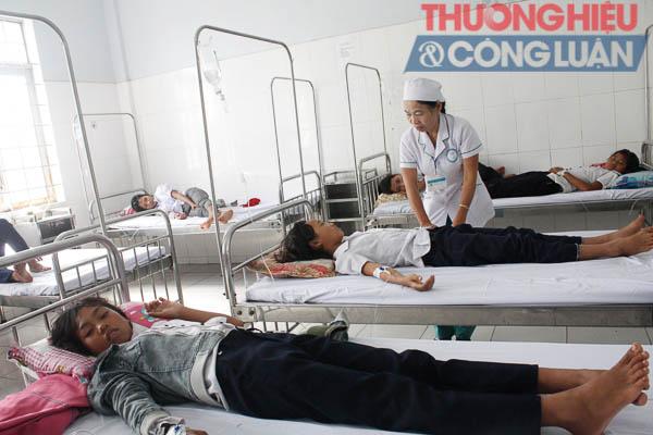 Kon Tum: 84 học sinh nhập viện nghi ngộ độc thực phẩm - Hình 2