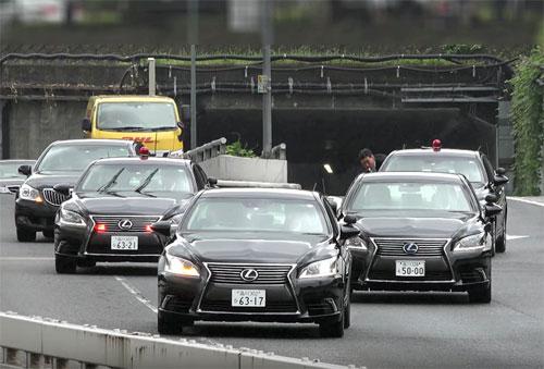 """Thủ tướng Nhật mang """"siêu xe"""" tới Việt Nam - Hình 2"""