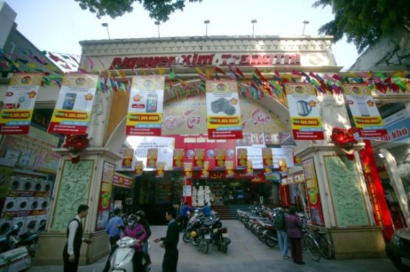 Mua ti vi tại Siêu thị Điện máy Nguyễn Kim (Hà Nội): Khách hàng vừa bật lên đã hỏng? - Hình 1