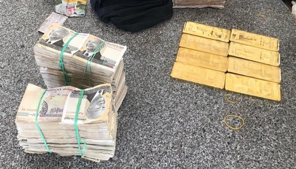 Tiền Giang: Bắt giữ một vụ nghi là vận chuyển trái phép vàng lậu - Hình 1