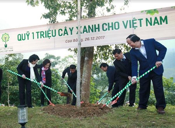 Hành trình về nguồn của Vinamilk và quỹ 1 triệu cây xanh tại tỉnh Cao Bằng - Hình 1