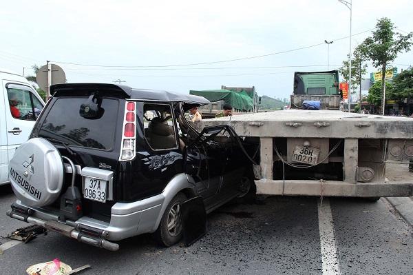 Hơn 20.000 vụ tai nạn giao thông trong năm 2017 - Hình 1
