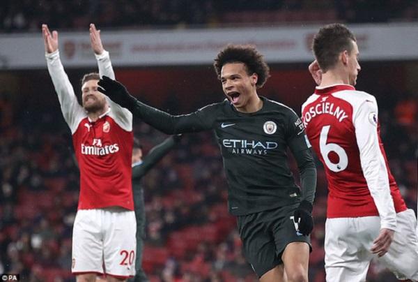 Man City tiếp tục gieo sầu cho Arsenal tại Ngoại hạng Anh - Hình 1