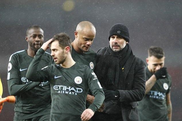 Man City - Chelsea: Trao lại ngôi vương - Hình 1