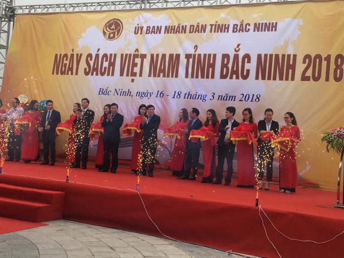 Ngày sách Việt Nam tỉnh Bắc Ninh năm 2018: Sách - văn hoá, phát triển và hội nhập - Hình 1