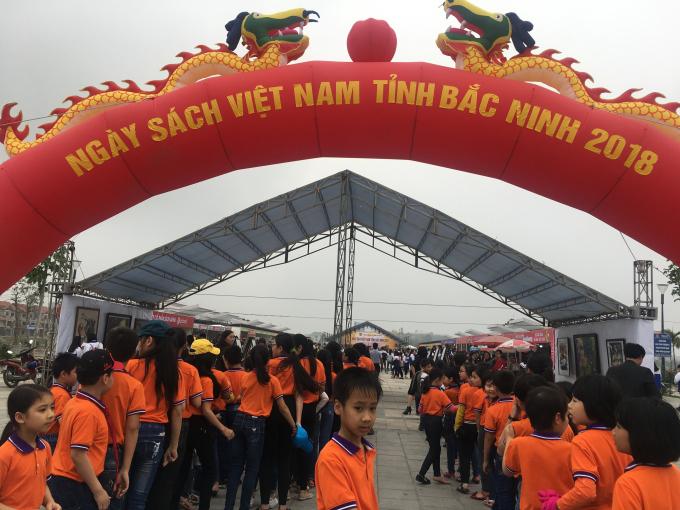 Ngày sách Việt Nam tỉnh Bắc Ninh năm 2018: Sách - văn hoá, phát triển và hội nhập - Hình 2