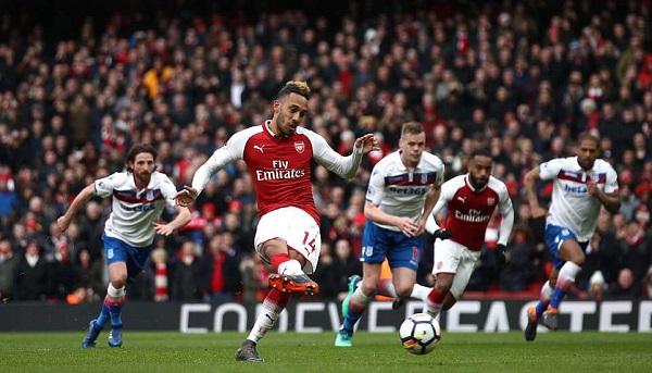 Arsenal 3 – 0 Stoke City: Hiệp hai bùng nổ, nhấn chìm đối thủ - Hình 1
