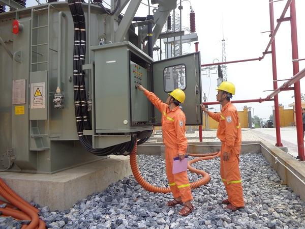 EVNNPC:  Nỗ lực cung ứng điện an toàn, ổn định mùa nắng nóng - Hình 1
