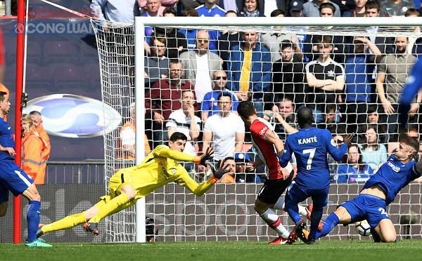 Giroud lập cú đúp, Chelsea lội ngược dòng ngoạn mục trước Southampton - Hình 1