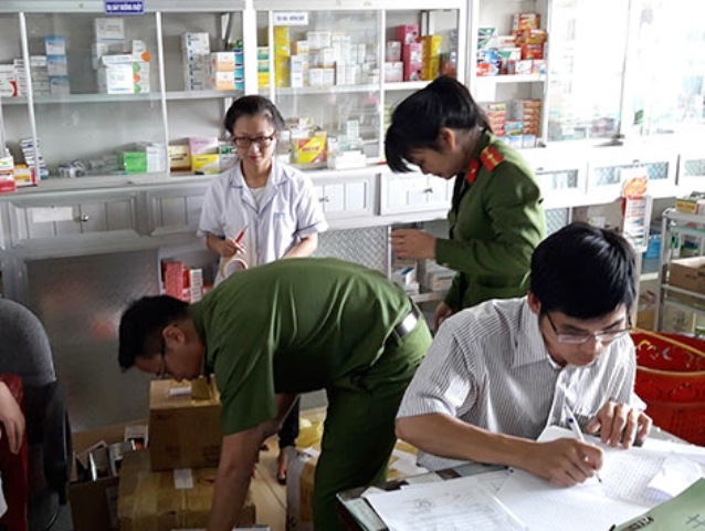 Nghệ An: Đình chỉ hoạt động 83 cơ sở hành nghề y dược tư nhân