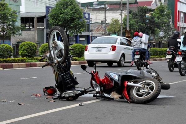 Trong 4 ngày nghỉ lễ, có 79 người chết do tai nạn giao thông - Hình 1