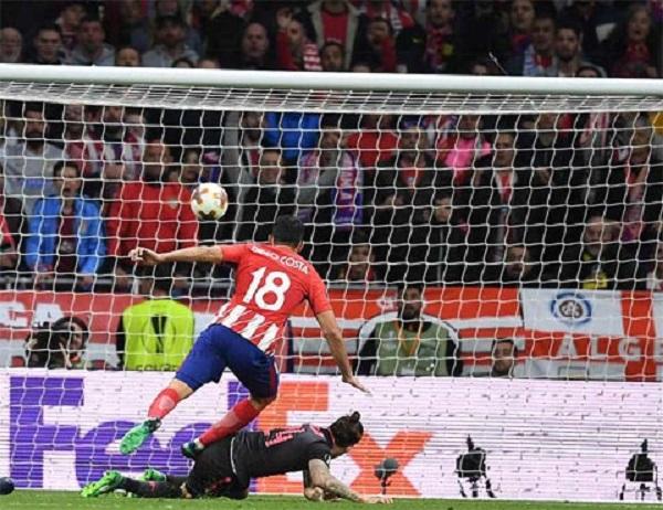 Chọc thủng lưới Arsenal, Costa đưa Atletico vào chung kết - Hình 1