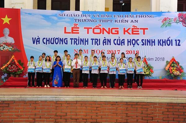 Trường THPT Kiến An (Hải Phòng): Đứng tốp đầu thành phố về bồi dưỡng học sinh giỏi - Hình 1