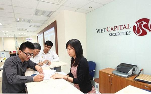 Chứng khoán Bản Việt chuẩn bị chi trả cổ tức và chia thưởng tổng tỷ lệ 45% - Hình 1
