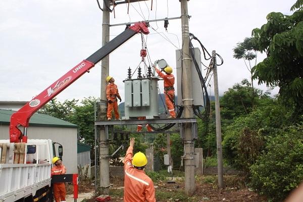 Công ty Điện lực Sơn La : Bảo đảm cấp điện an toàn, ổn định trong mùa nắng nóng - Hình 1