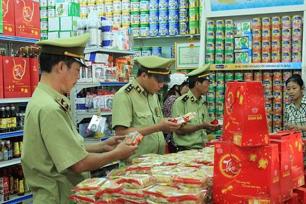 Hà Nội: Huy động sức mạnh toàn dân trong công tác chống buôn lậu, hàng giả, hàng nhái - Hình 1