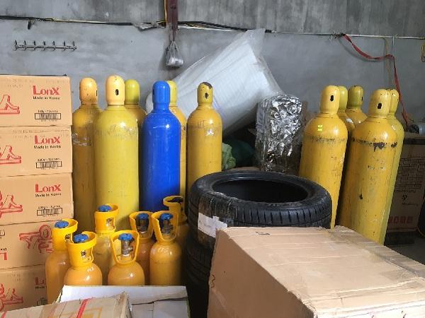 Phát hiện và bắt giữ 440 kg khí cười (N20) tại Lạng Sơn - Hình 1