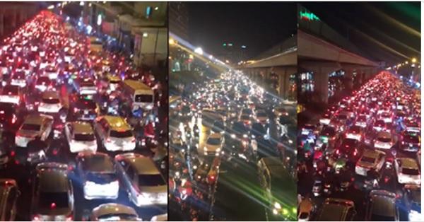 Mưa lớn kéo dài, Hà Nội tắc đường hàng giờ - Hình 5