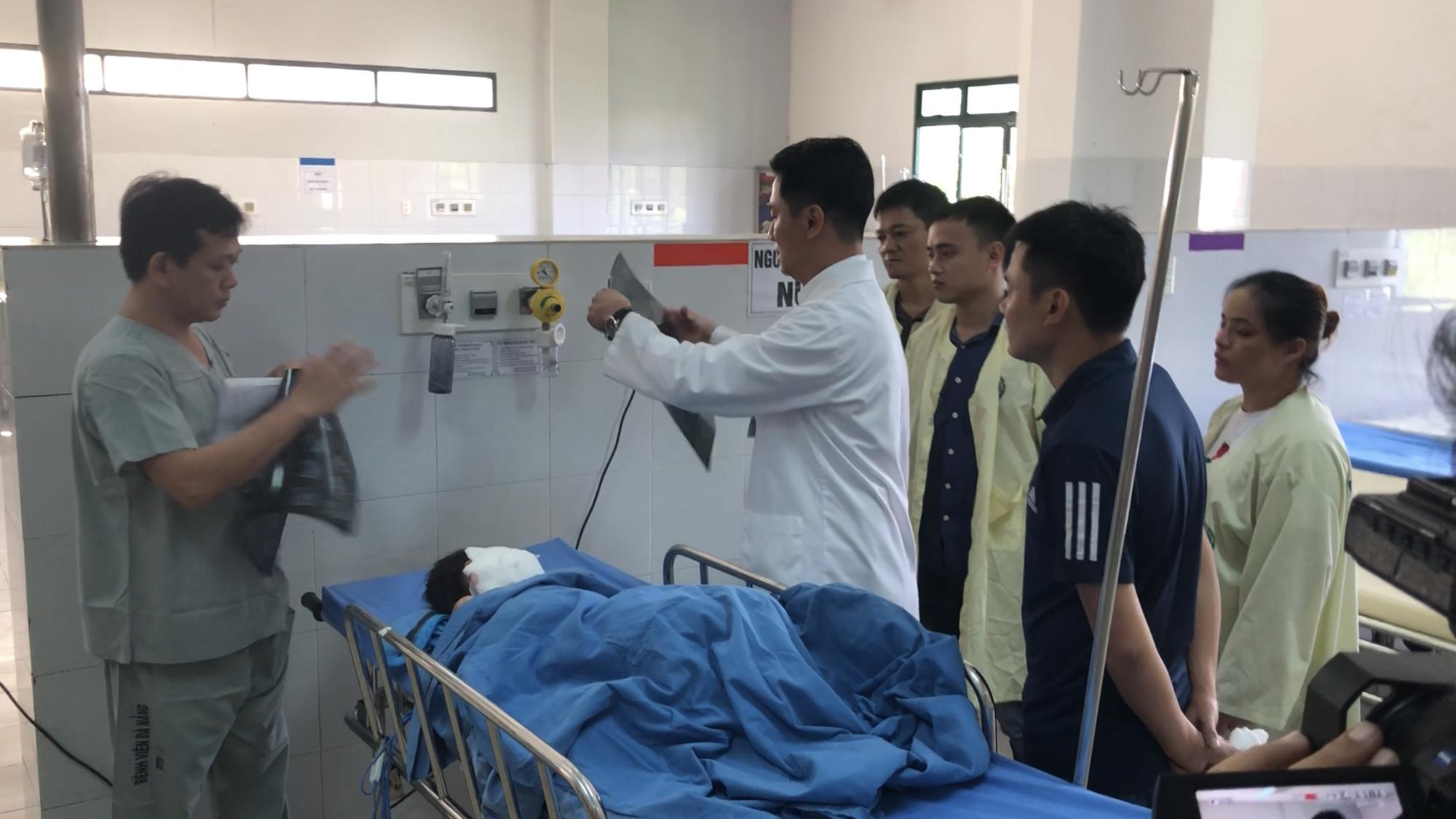 Vụ tai nạn thảm khốc tại Quảng Nam: Giả mạo người nhà nạn nhân để nhận tiền ủng hộ - Hình 1
