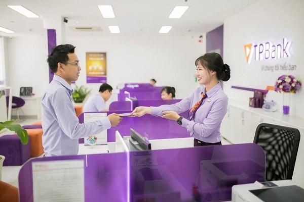 Moody's nâng xếp hạng tín nhiệm của TPBank lên mức B1 - Hình 2