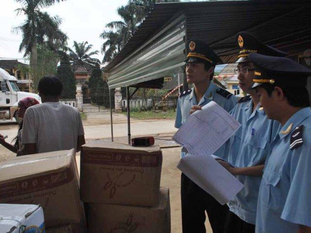 Hải quan Hà Tĩnh: Tăng cường đấu tranh phòng chống buôn lậu, gian lận thương mại - Hình 1