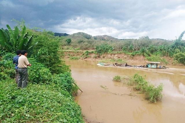 Dân 'tố' nhiều đất vườn lại trôi sông Đồng Nai sau khi tàu hút cát tái xuất - Hình 2
