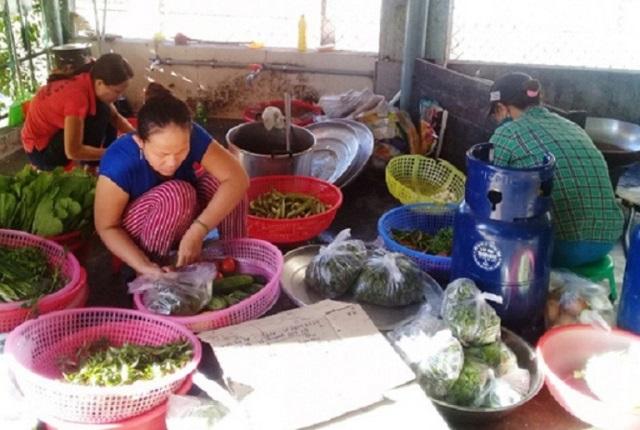 Dịch vụ nấu ăn lưu động, tiềm ẩn nhiều nguy cơ mất an toàn vệ sinh thực phẩm? - Hình 4