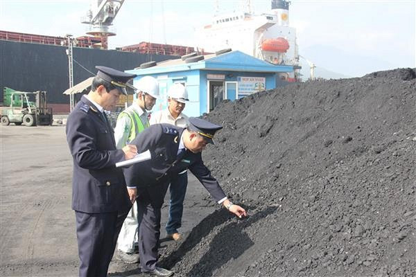 Quảng Bình: Chặn gian lận thương mại lĩnh vực khoáng sản - Hình 1