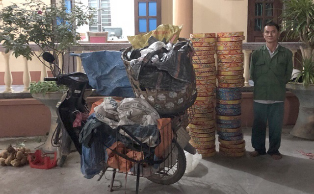 Quảng Ninh: Bắt giữ đối tượng vận chuyển 80kg pháo nổ - Hình 1
