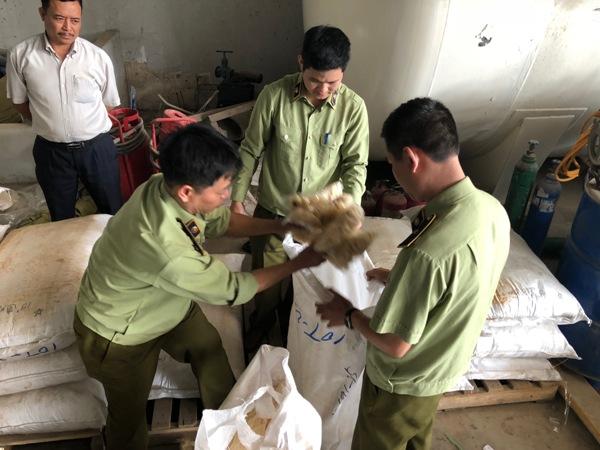 Hà Nội: Xử lý gần 2.700 vụ buôn lậu, hàng giả, hàng nhái trong tháng 10/2018 - Hình 1