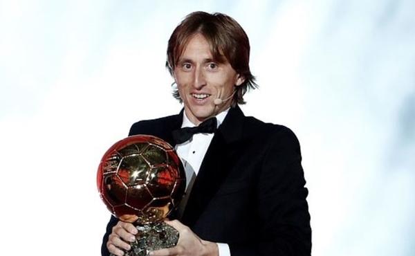 Modric giành Quả bóng vàng: 'Triều đại' Ronaldo - Messi cuối cùng cũng kết thúc - Hình 1