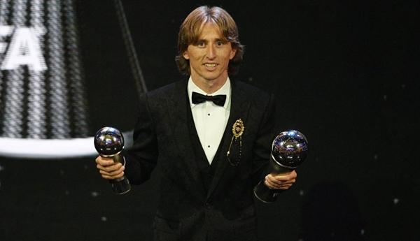 Modric giành Quả bóng vàng: 'Triều đại' Ronaldo - Messi cuối cùng cũng kết thúc - Hình 2