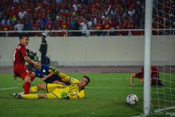 Đánh bại Philippines 2-1 ở BK lượt về: ĐT Việt Nam vào chung kết AFF Cup 2018 - Hình 2