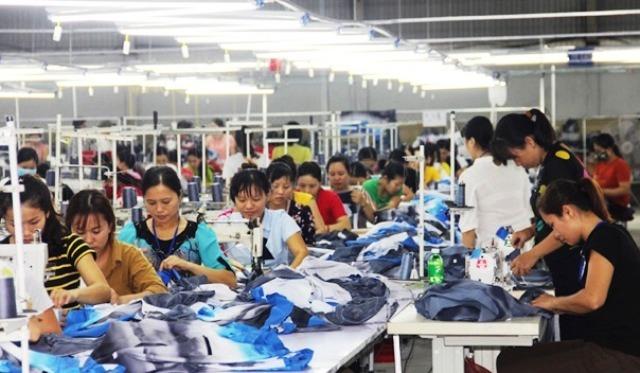 Hà Tĩnh: Thu hút gần 7.000 tỷ đồng từ 108 dự án đầu tư - Hình 1