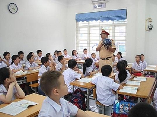 Hà Nội: Tăng cường tuyên truyền, giáo dục an toàn giao thông cho phụ huynh, học sinh - Hình 1