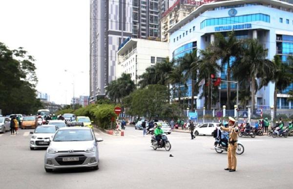 Phó Thủ tướng gửi thư khen công tác bảo đảm an toàn giao thông dịp Tết - Hình 1