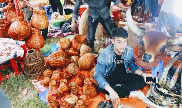 Phiên chợ Viềng (Nam Định) chật kín người đến cầu may - Hình 9