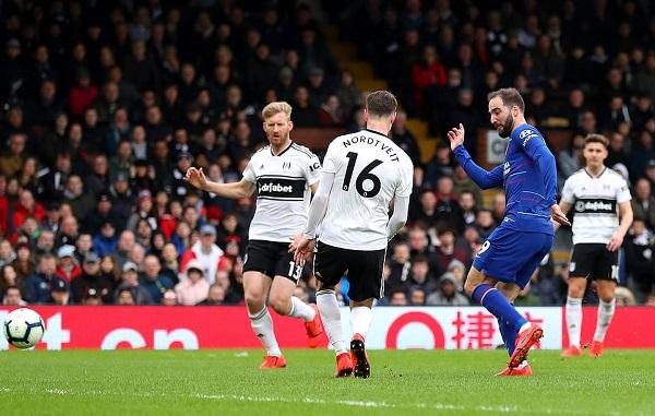 Đánh bại Fulham, Chelsea tiếp tục bám đuổi top 4 - Hình 1