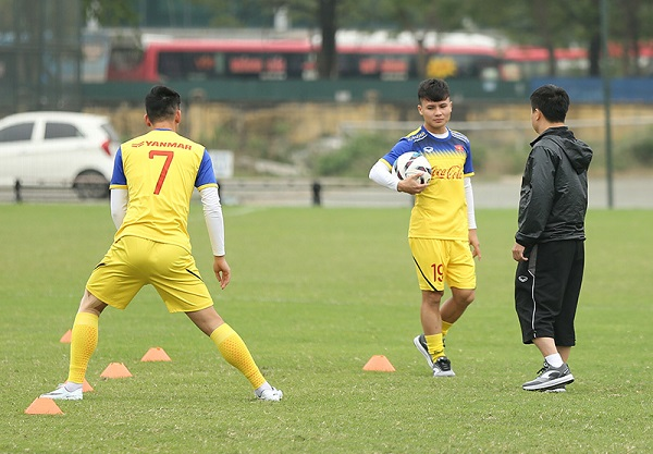 U23 Việt Nam nhận tin vui liên quan chấn thương của Quang Hải - Hình 1