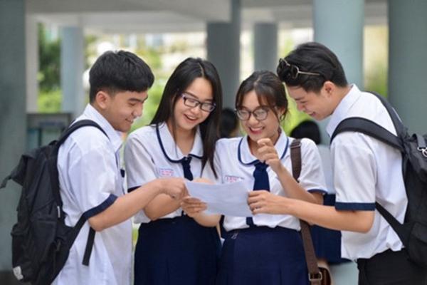 Học sinh dự thi tốt nghiệp trung học phổ thông Quốc gia