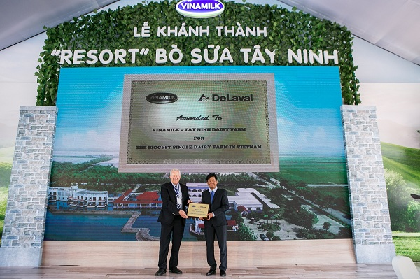 """'Resort"""" bò sữa Vinamilk Tây Ninh: Ngôi nhà lý tưởng của những cô bò hạnh phúc - Hình 8"""
