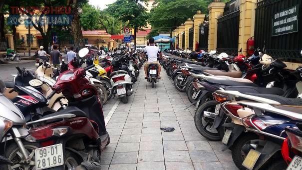 """Hà Nội: Cần xử lý nghiêm tình trạng """"chặt chém"""" tại bãi gửi xe BV Phụ sản Trung ương - Hình 2"""