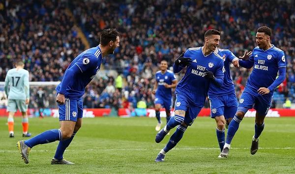 Bước ngoặt từ bàn thắng việt vị, Chelsea ngược dòng đánh bại Cardiff - Hình 1