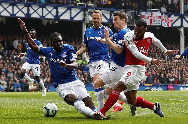 Thất bại trước Everton, Arsenal khiến cuộc đua Top 4 trở nên kịch tính - Hình 2