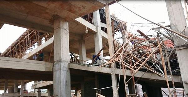 Sập giàn giáo Dự án dịch vụ việc làm Đắk Lắk, 8 người bị thương - Hình 1