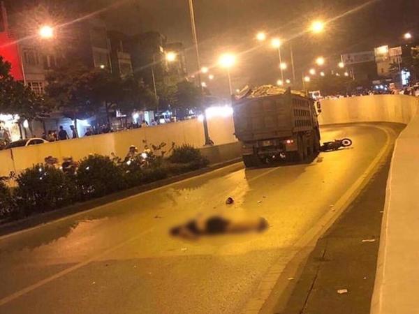 Hàng loạt vụ tai nạn giao thông nghiêm trọng xảy ra tại Hà Nội trong đêm ngày 22/4 - Hình 1