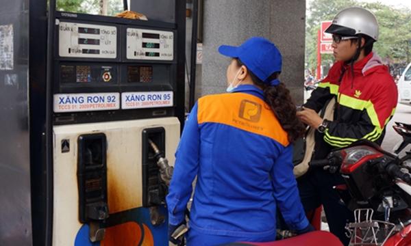 Giá xăng dầu có thể giảm trong kỳ điều hành ngày mai (17/5) - Hình 1
