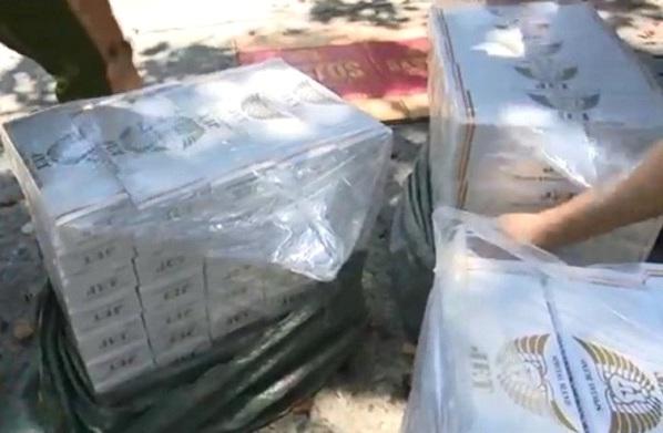 Đà Nẵng: Thu giữ 5.000 bao thuốc lá lậu và bia rượu - Hình 1
